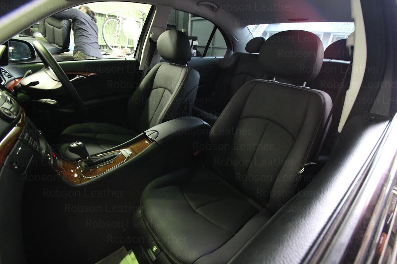 AFTER 今回はフロントシート×2 リアシート×1セット ドア×4まで施行しました。