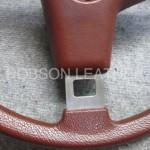 いすゞ117クーペのウレタンステアリングをロブソンレザーオリジナル革で革巻きします。施工前のウレタン状態です。