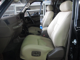 トヨタ ランドクルーザー80 シート張替え